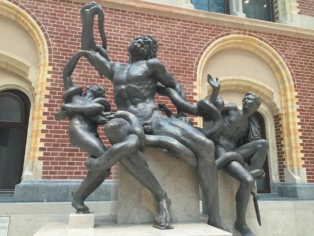 beeld naar kopie van de Laocoöngroep in Rome in het Rijksmuseum