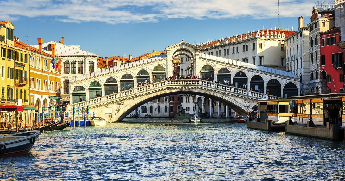 Rialtobrug in Venetië bezoeken? Nu tickets boeken! | GetYourGuide.nl